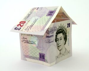 a house made out of twenty pound notes
